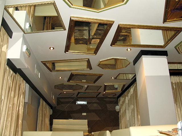 зеркальный потолок Киев