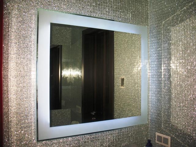 Светодиодная подсветка для зеркала в ванную.